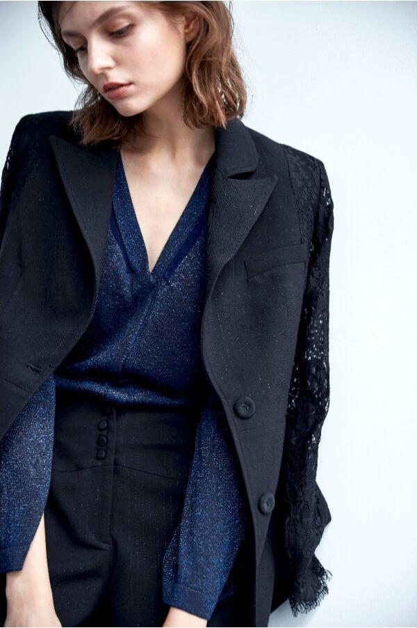 蕾絲拼接袖西裝外套