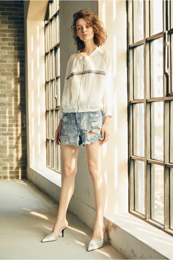 豹紋刷色縫珠牛仔短褲