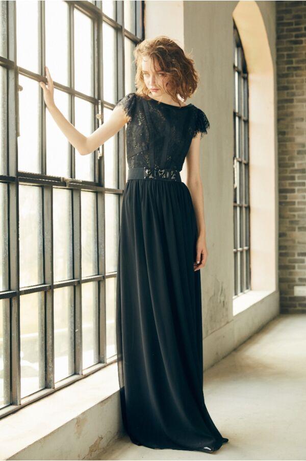 蕾絲袖口洋裝