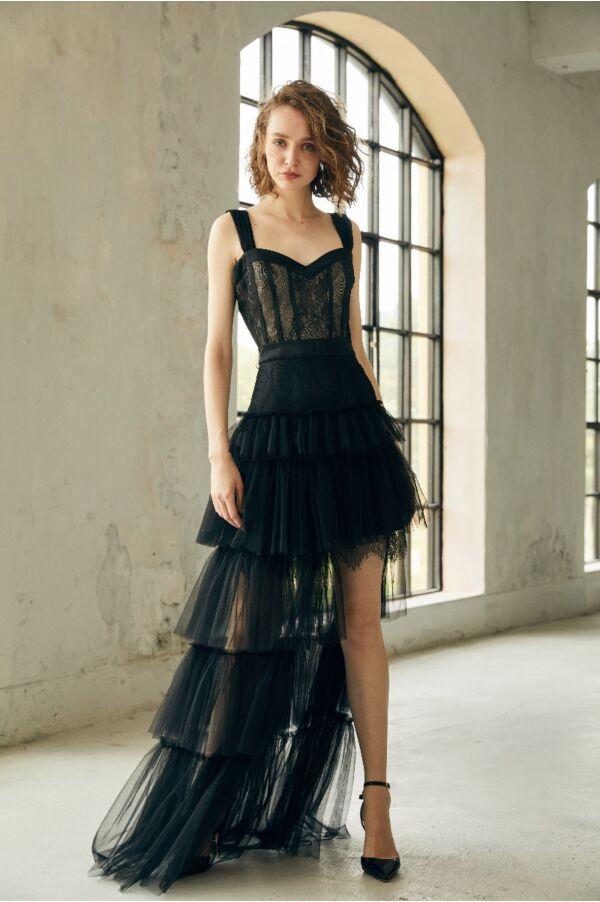 蕾絲荷葉裙擺長洋裝