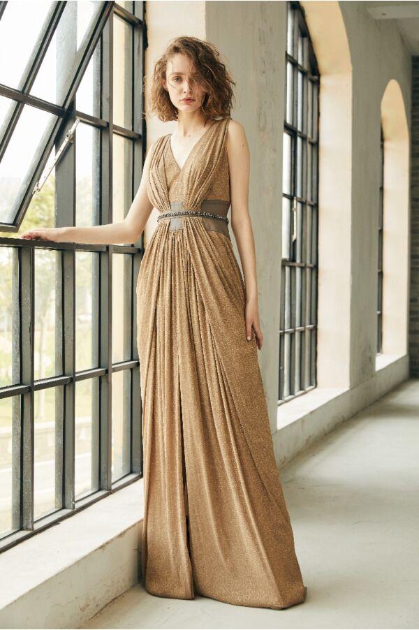 V領抓褶設計縫珠長洋裝