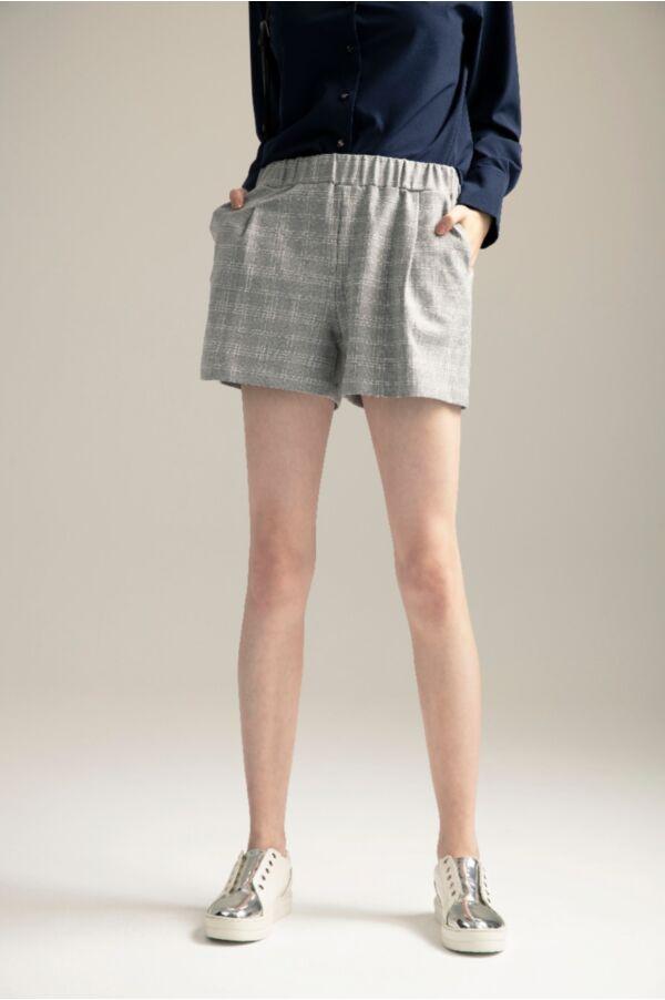 輕鬆隨意格紋短褲