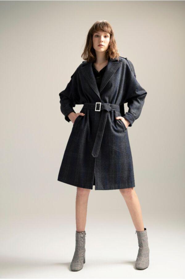 修身毛料繭型大衣