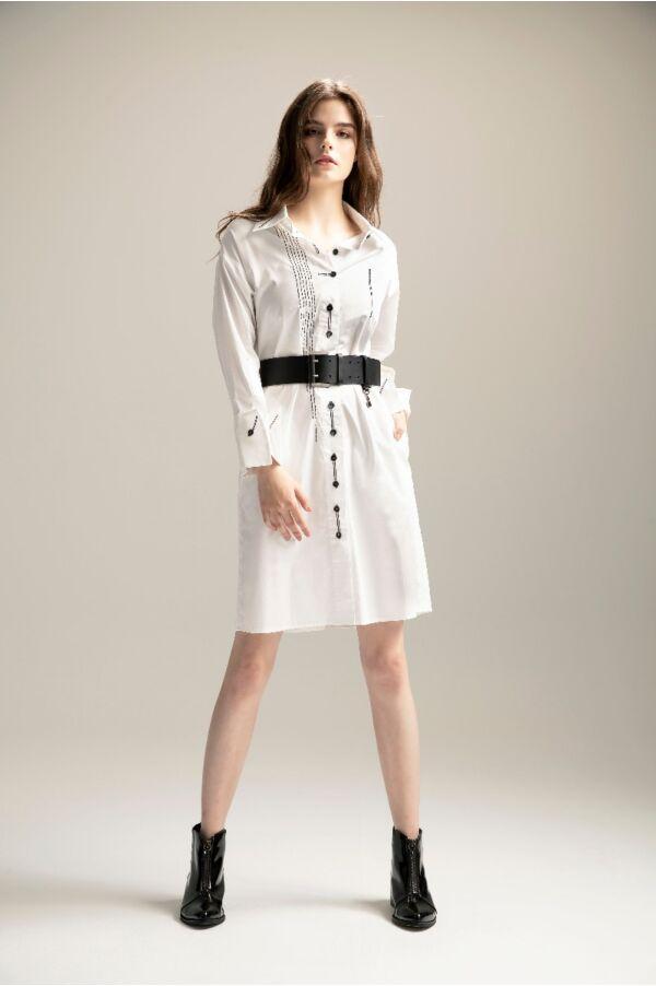 繡線開衩細節長版襯衫