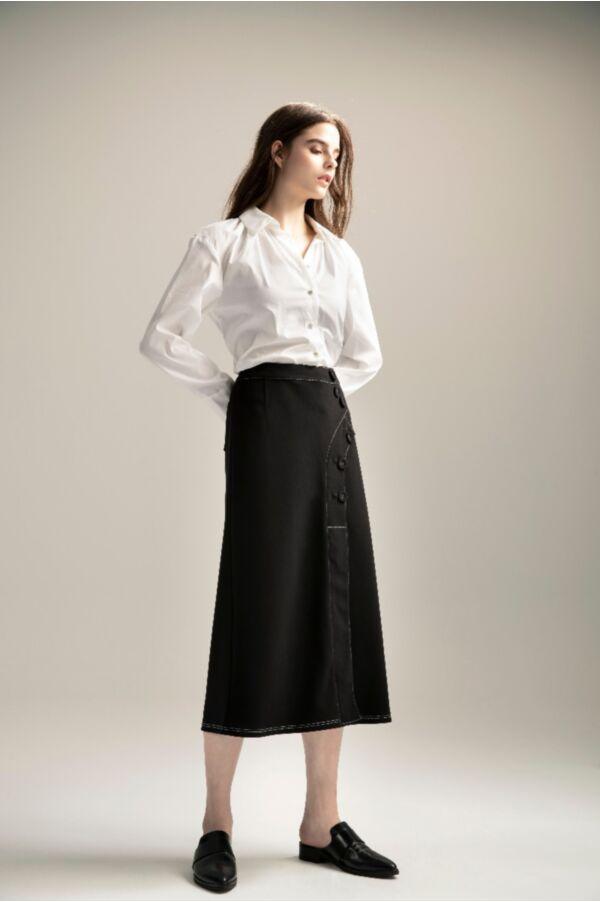壓線包釦點綴長裙
