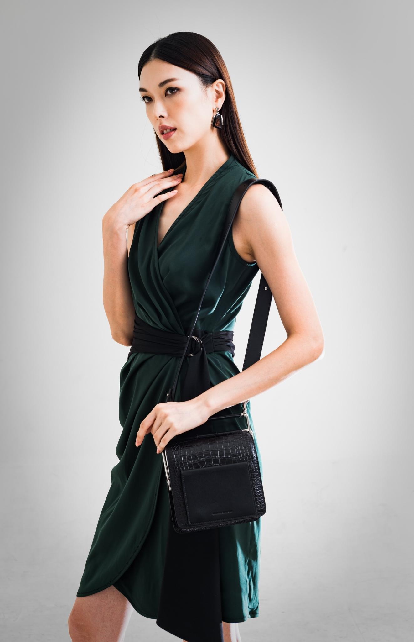開襟無袖短洋裝