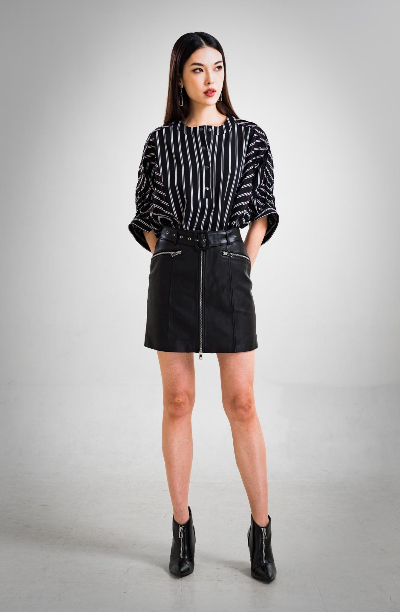 休閒條紋上衣 / 拉鏈真皮短裙
